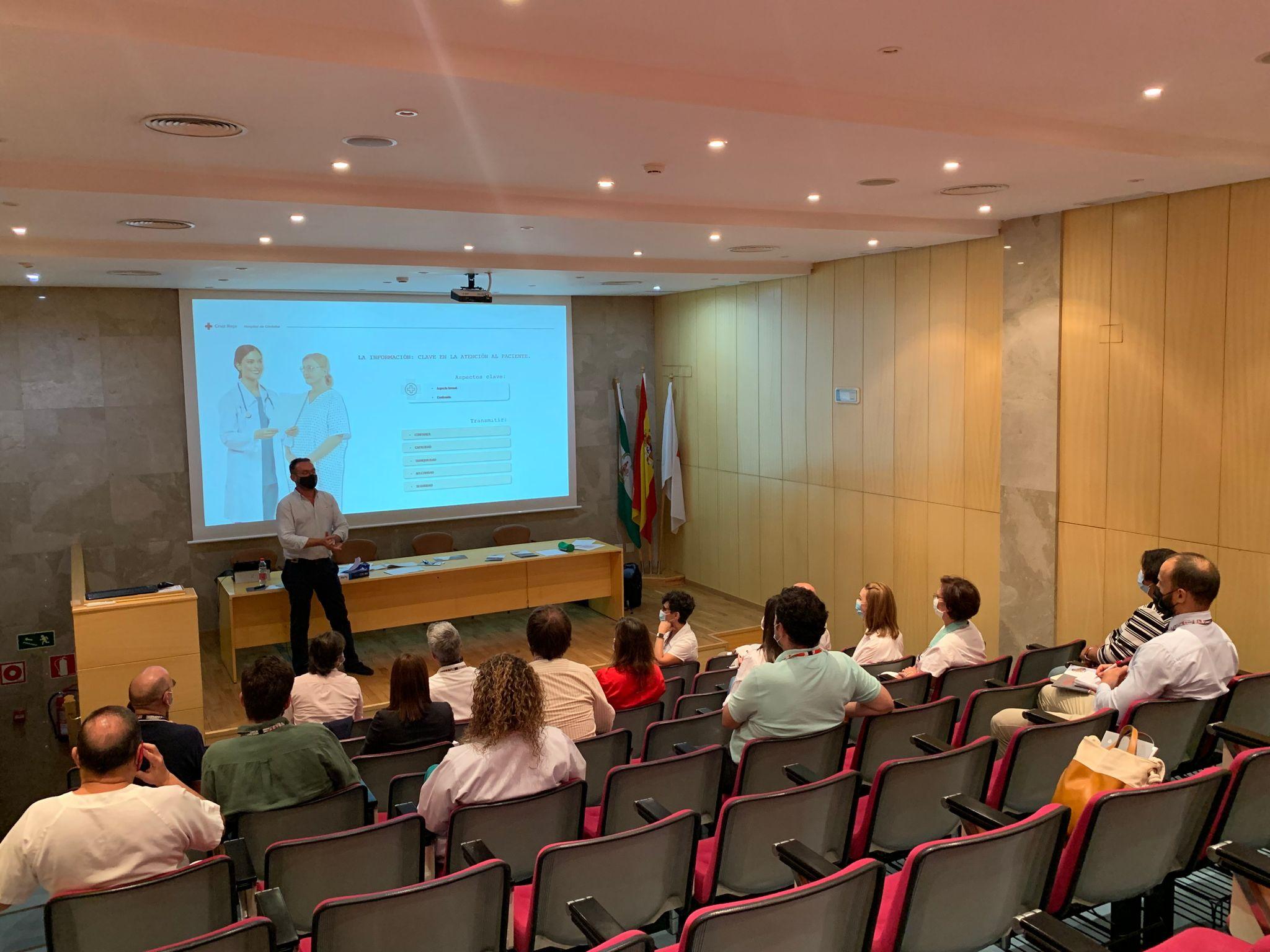 Hospital Cruz Roja de Córdoba y CyB Consultoría Atención al Paciente